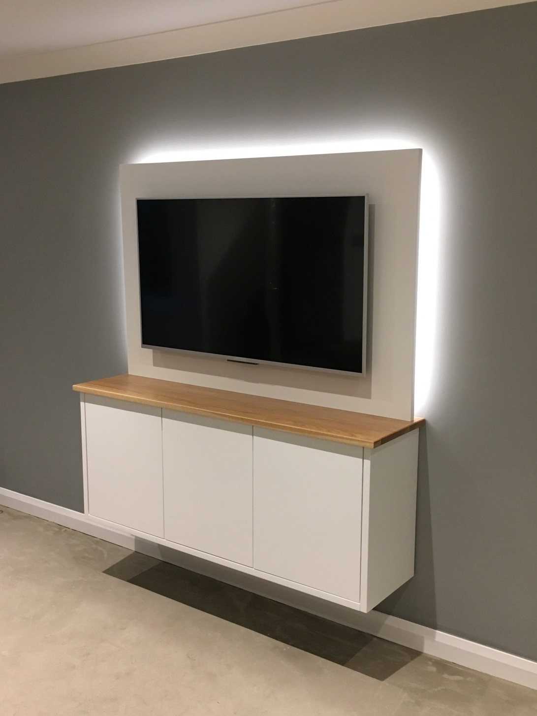 TV Cabinet with LED lighting